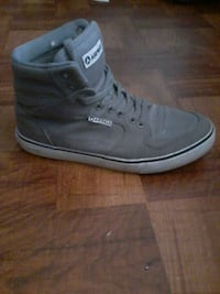Used unpaired gray-and-white airwalk high top for sale in New York ... a4974622c8d5