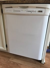 Dishwasher with stainless steel interior (perfect working condition) - pick-up only