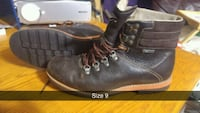 pair of black leather work boots Surrey, V3R 3S9