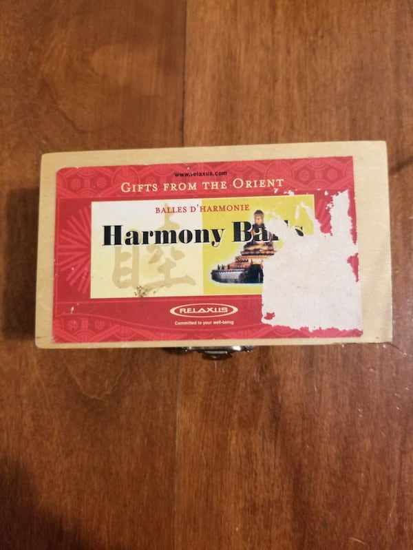Harmony balls for relaxing 0143eb6a-0652-4fe1-9c95-68f4aee323e9