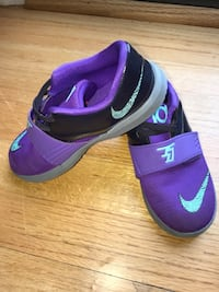 Girls KD sneakers size 10 Boonsboro, 21713