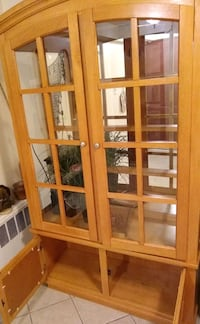 China cabinet wit internal light and mirror    Yonkers