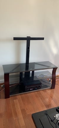 TV Stand - 65 inch flat screen mount