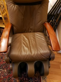 Human Touch Massage chair on Sale Rockville, 20853
