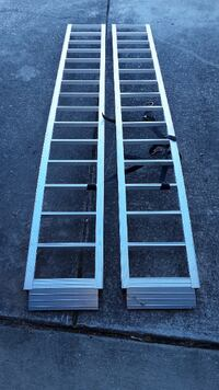 Carry-On Trailer Arched 84-in Ramp