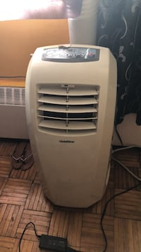 white LG portable air cooler Toronto, M1L