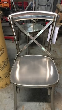 New metal chairs and bar stools 215 mi