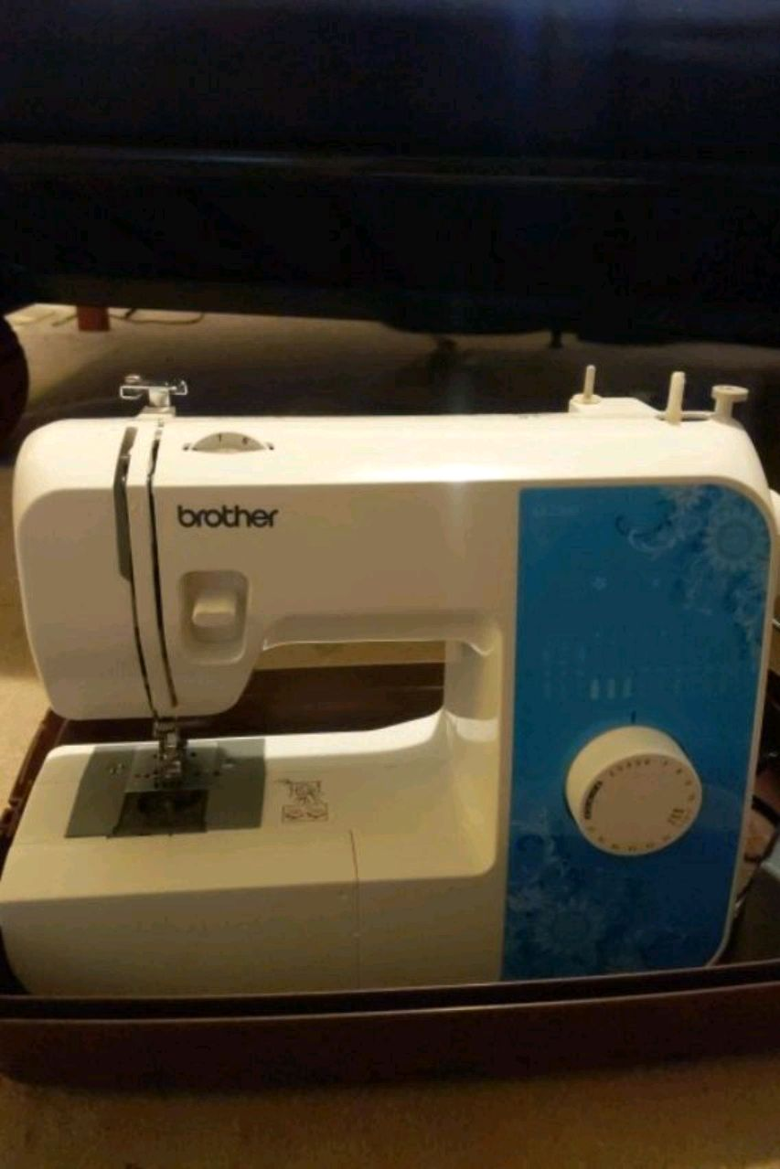 Photo Sewing machine and case
