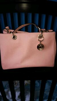 Authentic Pastal pink Michael Kors purse/hand