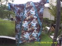 Lady Robe For Sale $20 OBO=Or Best Offer  The Robe Is Used, But good.  Sorry No Belt.   Asking Price $20 OBO=Or Best offer.  Just Make Me An Offer And This Robe Will Be Yours.  (CA) We Can Meet For You To Check It Out.   God Bless You. FAYETTEVILLE