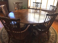 Round table and chairs Waconia, 55387