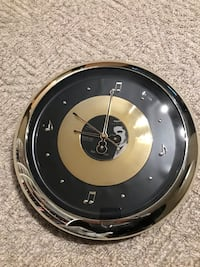 Elvis clock - battery operated  Kitchener, N2H