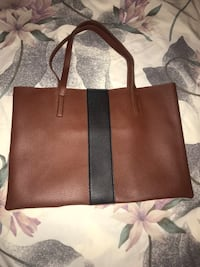 Vince Camuto Tote Burnaby, V5H 4S7