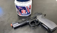 Smith & Wesson Airsof pistol with Plastic BBs (6mm)  315 FPS Bristow, 20136