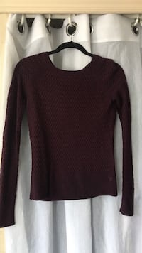 American Eagle burgundy knit sweater, size xs