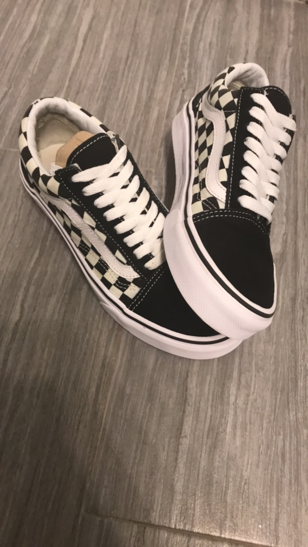 d7a49640d39328 Used Black and white old skool checkered vans. Size 8 US women. Used only  once. Great and brand new condition for sale in Ottawa