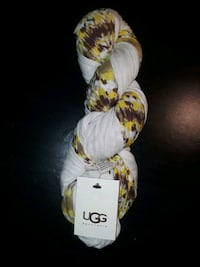 New Ugg scarf New Bedford, 02744