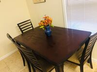 Dining room set with chairs West Nyack, 10994