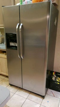 stainless steel side-by-side refrigerator with dispenser Irving, 75038