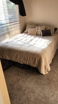 Bed Frame, Queen -sized boxspring and matress San Jose, 95136