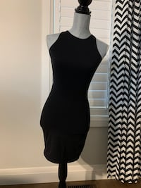 Garage women's black Dress with open back size small London, N6M 0E5