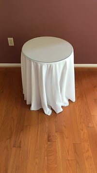 round white side table cloth Richland, 18951