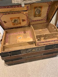 Antique steamer trunk with insert (early 1900's) Burke, 22015