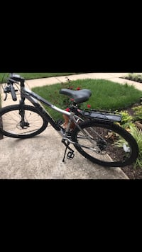 Black and white hardtail mountain bike North Laurel, 20723