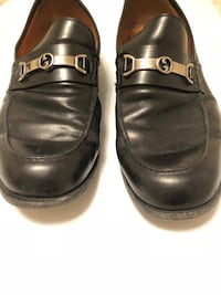 pair of black leather dress shoes Rockport, 47635