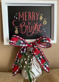 Merry & Bright picture frame on pedestal Greenery with bow Christmas  Hampstead, 21074