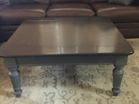 Solid wood rustic coffee table/living room/farmhouse  Las Vegas, 89130