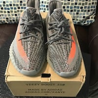 pair of gray Adidas Yeezy Boost 350 V2 with box Silver Spring, 20907