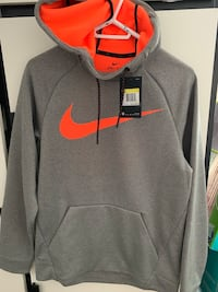 Nike Therma sphere Size Small (new) Toronto, M1B 3X1