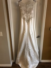 Never Worn Casablanca Bridal Dress Nashville, 37203