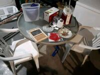 10 takes all patio table and chairs and all on it Niagara Falls, L2H 2R6