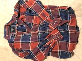 Size L men's plaid shirt