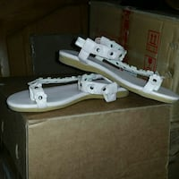 white leather open-toe flat sandals