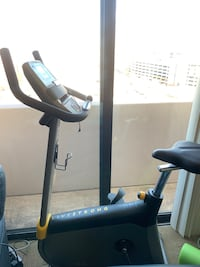 Live strong LS 5.0u stationary bike Arlington, 22203