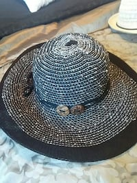 black and white sun hat