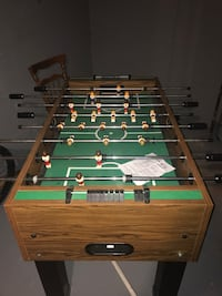Brown and green foosball table Columbus, 43203