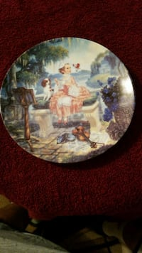 Hand-painted antique plate limited edition Brentwood, 11717