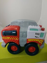"""Tonka Fire Truck With Lights Sound 8"""" - new"""