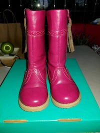 pair of pink rain boots Capitol Heights, 20743