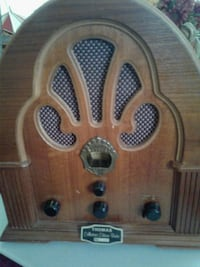 brown WOODEN THOMAS Collection 's Edition Radio no Silver Spring, 20904