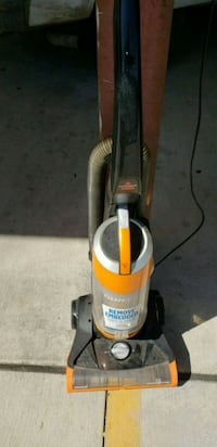 Bissell vacuum cleaner works great $19 Houston, 77041