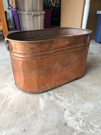 Solid Brass Bucket Grapevine, 76051