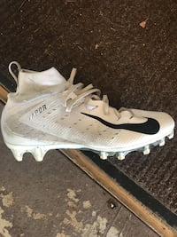 Football cleats size 10 Nike Vapor used 1 season