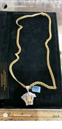gold-colored chain necklace Surrey, V3T 5A8