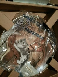Horse and kitten collectible plate Trumbull County