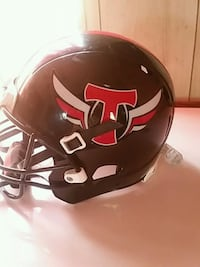 black and red football helmet Vicksburg, 39180